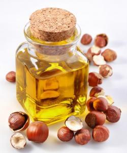 Lískový olej