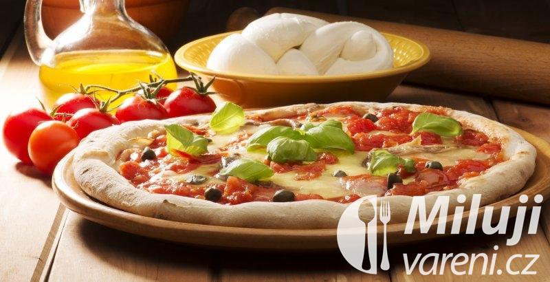 Pizza s olivami