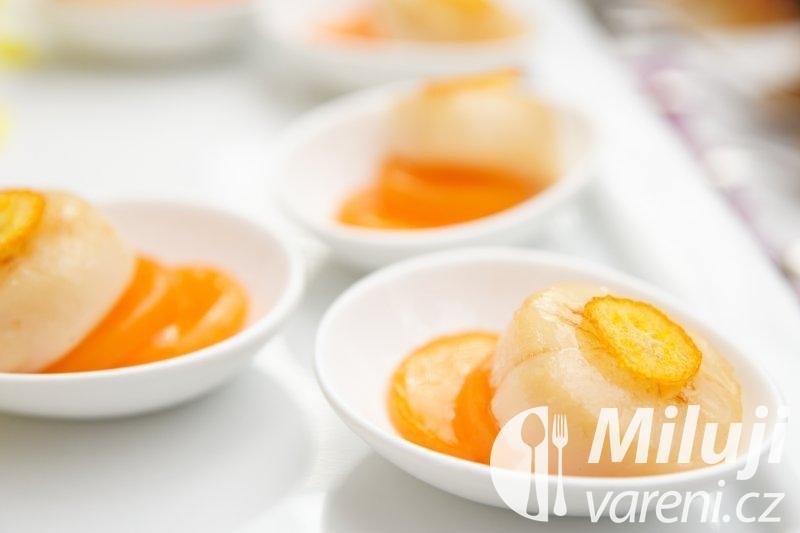 Mušle s pomerančovou marmeládou