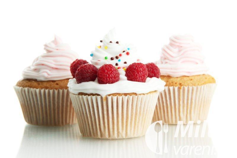 Muffiny s malinami