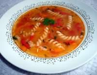 Papriková polévka s rajčaty