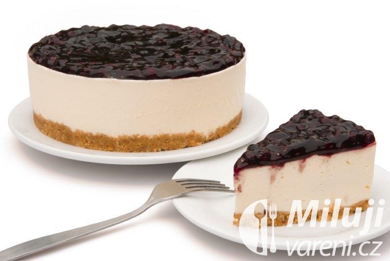 Bílý dort z čokolády a tvarohu