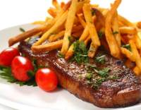 Grilovaný steak s česnekovým máslem