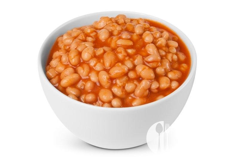 Bílé fazole na bazalce