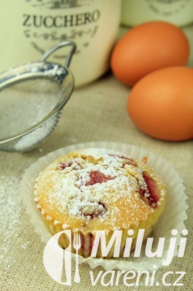 Muffiny s jahodami a rebarborou