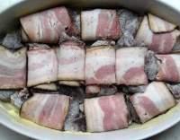 Zapečená kuřecí játra se slaninou
