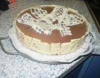 Čokoládový nadýchaný dort
