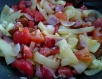 Zeleninové lečo s párkem