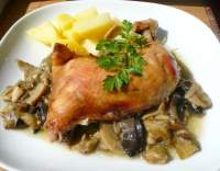 Pečené kuře s houbami