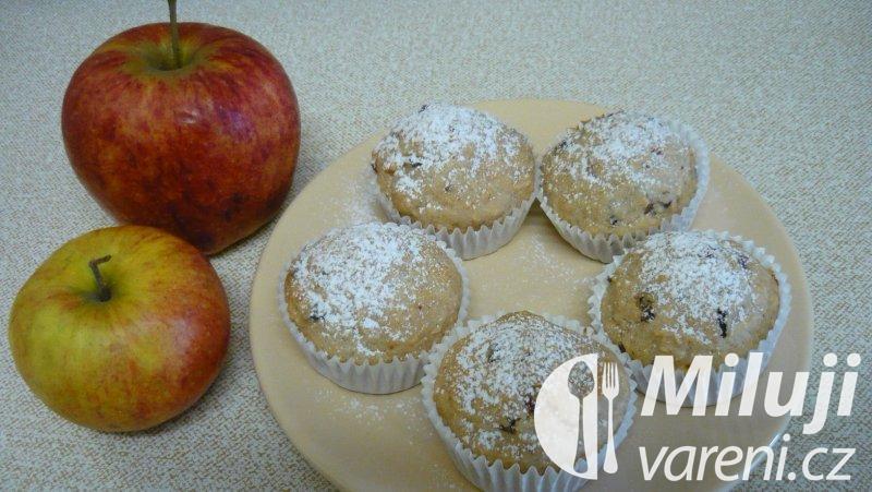 Muffiny s jablky pro alergiky bez vajec a ořechů