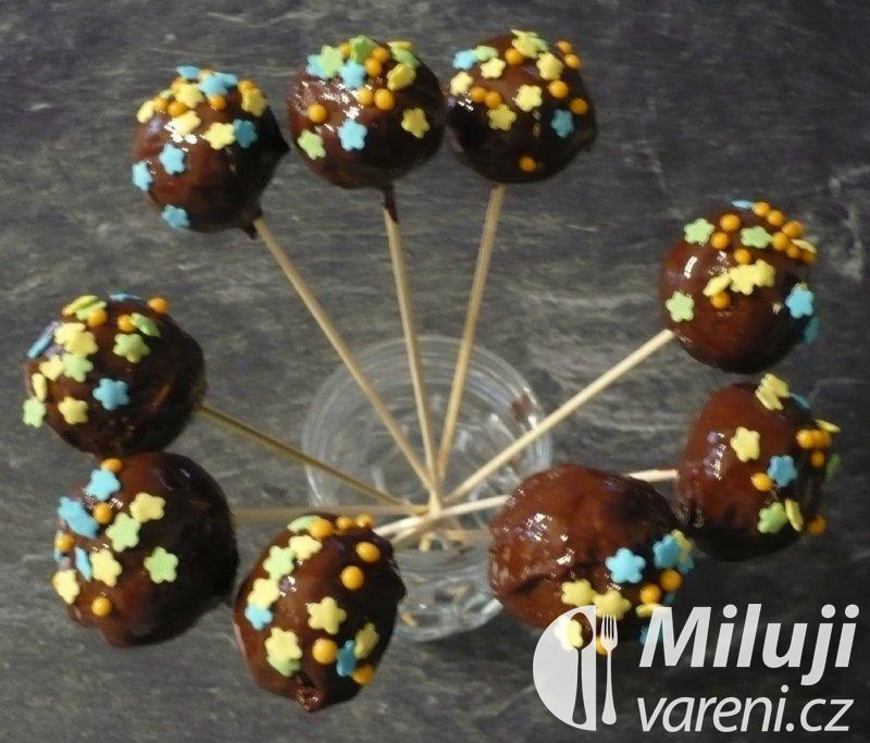 Cakepops s čokoládou a cukrovým zdobením