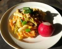 Těstoviny se zeleninou a sýrem