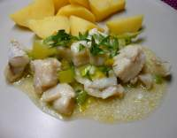 Rybí filé s pórkem na česneku
