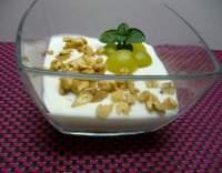 Jogurtový pohár s ovocem