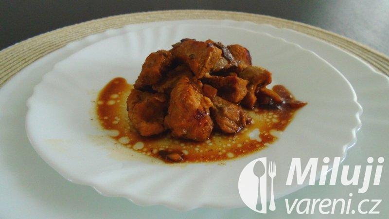 Vepřové maso dušené na kmíně