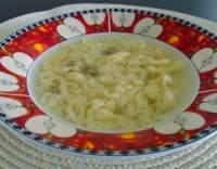 Hovězí polévka s kapáním