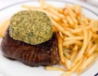 Bifteky s česnekovým máslem