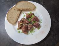 Kuřecí játra na slanině