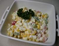 Barevný cottage salát