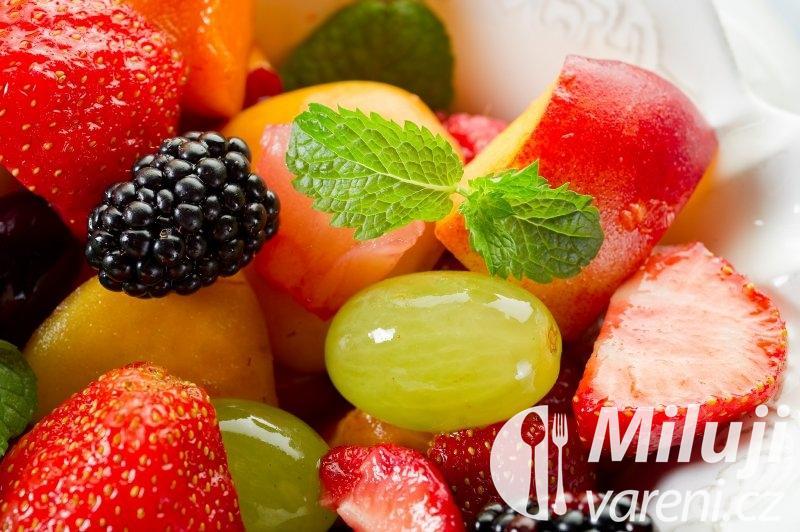 Lehký ovocný salát