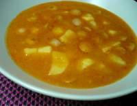 Frankfurtská polévka s párkem a bramborami