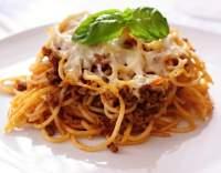 Zapečené těstoviny s rajčatovou omáčkou