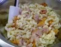Zapečené těstoviny s uzeným kuřecím masem