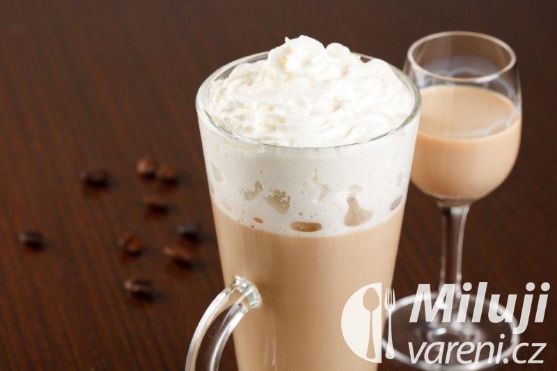 Káva s likérem