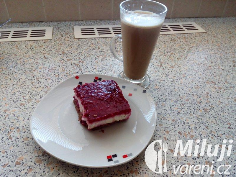 Tvarohový dort s malinami II