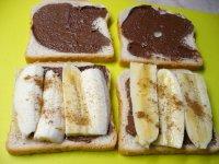 Sladké sendviče s banánem a nutelou
