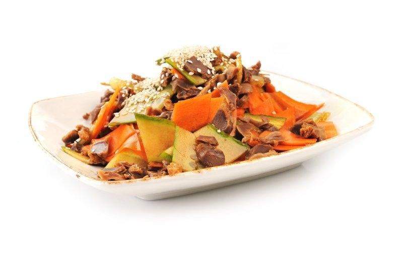 Kuřecí maso s mrkví a sezamem