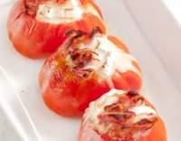 Rajčata plněná ricottou a fetou