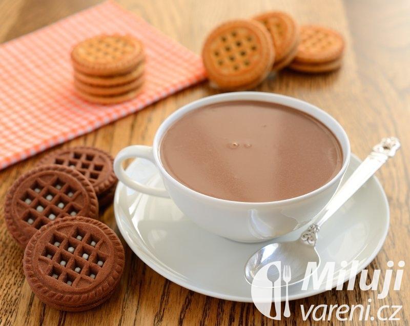Horká čokoláda s levandulovou vůní