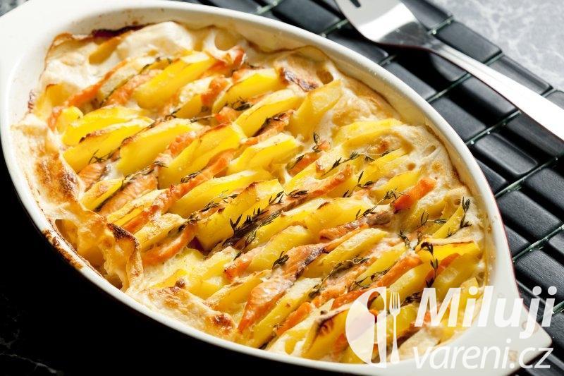 Zapékané brambory s lososem