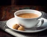 Bílá cezená káva