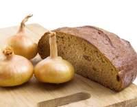 Cibulový chléb s kmínem