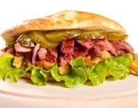Hovězí maso v pita chlebu