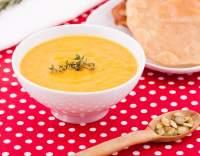 Polévka s dýní a batáty