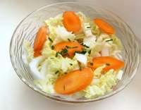 Salát z pekingského zelí a mrkve