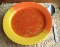 Rajčatová polévka mixovaná