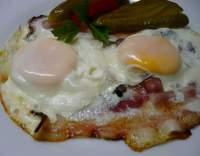 Sázená vejce s anglickou slaninou