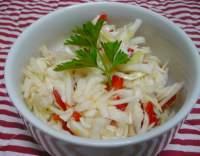 Zelný salát s paprikou