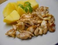 Kuřecí maso pečené na másle s cibulí (minutka)