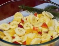 Banánový salát s jablky
