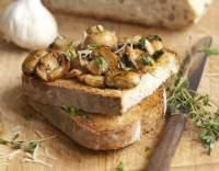 Dušené houby se sýrem