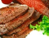 Pečené bifteky s kořeněnou zálivkou